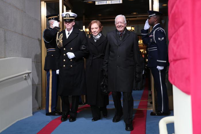 Бывший президент США Джимми Картер и жена Розалин Картер на иннаугурационной церемонии у Капитолия, Вашингтон, США, 21 января 2013 года. Фото: Win McNamee / Getty Images