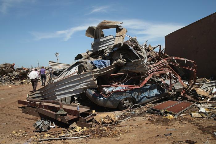 Торнадо в США принёс ущерб в размере двух миллиардов долларов. Фото: Scott Olson/Getty Images