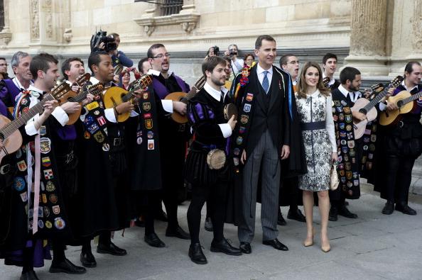 Принц Филипе и принцесса Летиция в день вручения премии Сервантеса в городе Алкала де Энарес. Фоторепортаж. Фото: Carlos Alvares / Getty Images