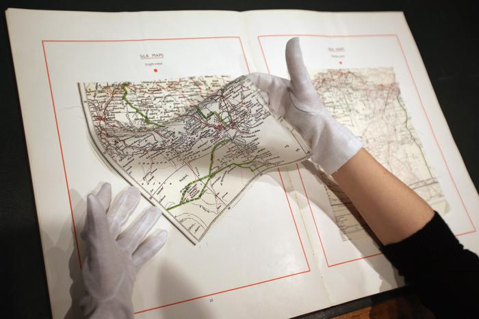 Пресс-показ изделий «джентельменского» аукциона в Лондоне, 24 января 2013 года.  Фото: Oli Scarff / Getty Images