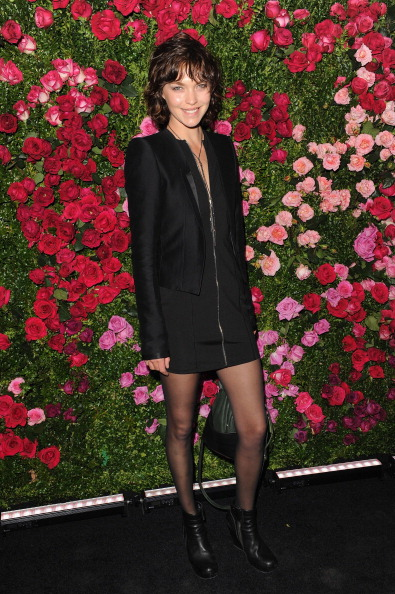 Аризона мьюз, американская топ-модель, на вечере Chanel кинофестиваля Tribeca в Нью-Йорке. Фоторепортаж. Фото: Craig Barritt / Getty Images