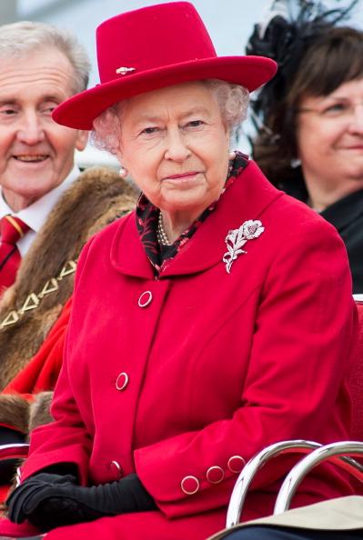 Елизавета II  во время визита в Гринвич. Фоторепортаж. Фото: Jamie Wiseman/WPA Pool/Getty Images