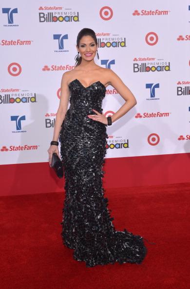 Синтия Олаваррия (Cynthia Olavarria), актриса Пуэрто-Рико, телеведущая, модель и бывшая Мисс Пуэрто-Рико, на церемонии вручения музыкальных премий Billboard Latin Music Awards 2012 в Майами. Фоторепортаж. Фото: Rodrigo Varela/Getty Images