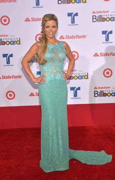Химена Дуке (Ximena Duque), латиноамериканская актриса, на церемонии вручения музыкальных премий Billboard Latin Music Awards 2012 в Майами. Фоторепортаж. Фото: Rodrigo Varela/Getty Images
