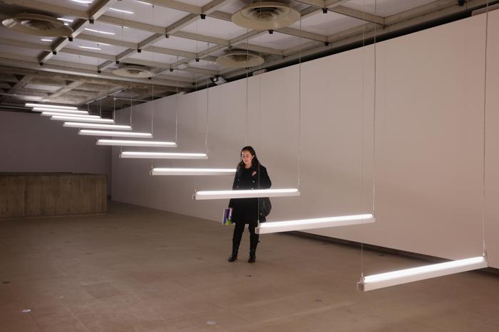 Выставка света «Light Show» в галерее Hayward, Лондон, 29 января 2013 года. Фото: Oli Scarff / Getty Images