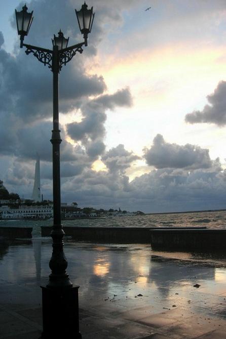 Штормовая погода в Севастополе. Фото: Алла Лавриненко /Великая Эпоха (The Epoch Times)