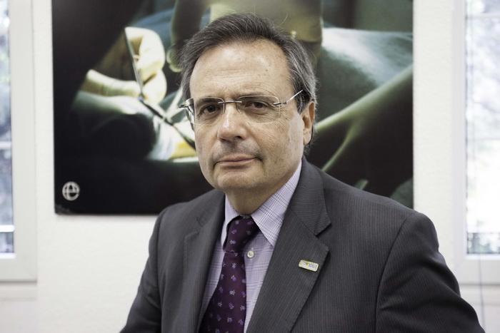 Рафаэль Матесанц, директор Национальной трансплантационной организации Испании, филиалы организации расположены в Мадриде, Испания. Фото: Nathalie Paco