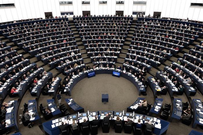 Взломана защита компьютеров Европарламента. Фото: FREDERICK FLORIN/AFP/Getty Images