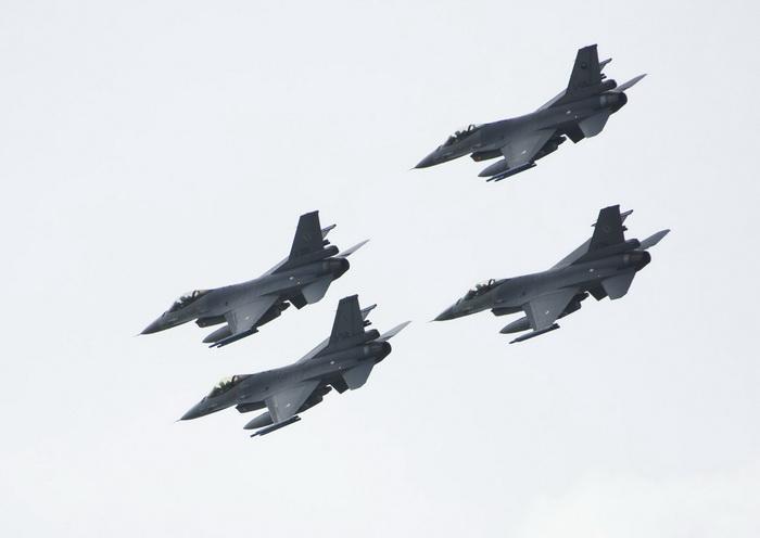 В США истребители F-16 переоборудуют в беспилотные мишени. Фото: Michel Porro/Getty Images