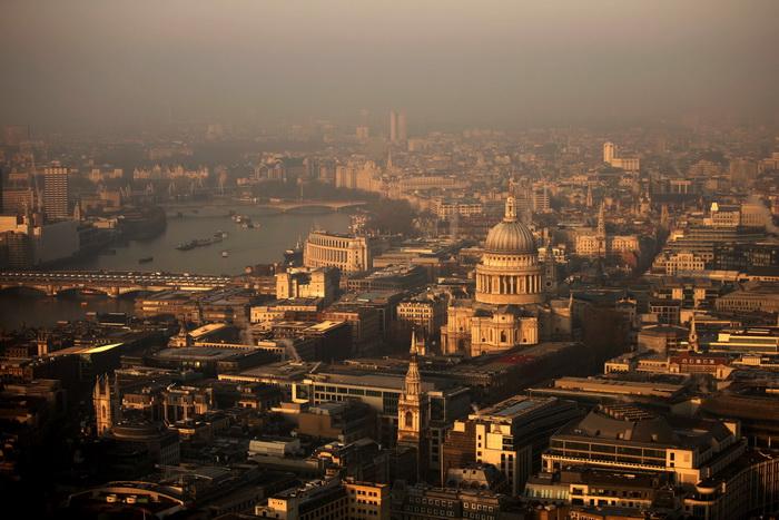 Великобританию просят не выходить из ЕС. Фото: Matthew Lloyd/Getty Images
