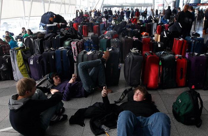 В США отменены авиарейсы из-за снежного шторма. Фото: Chris Hondros/Getty Images