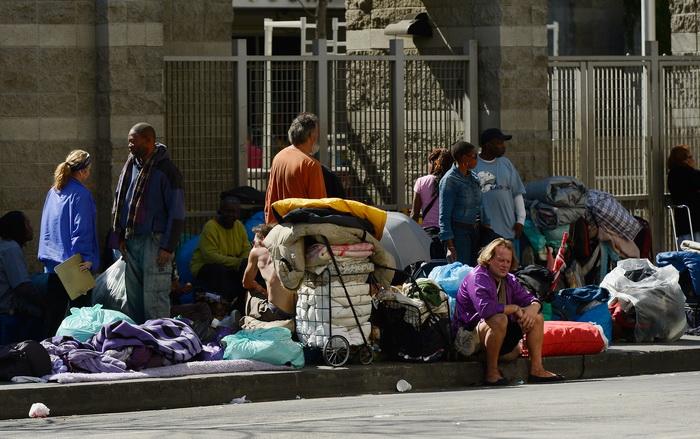 В США за $2 000 бомж предлагает экскурсию в мир бездомных. Фото: Kevork Djansezian/Getty Images