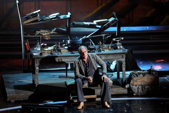 Андриано Челентано на фестивале эстрадной песни в Сан-Ремо. Фото: Daniele Venturelli/Getty Images