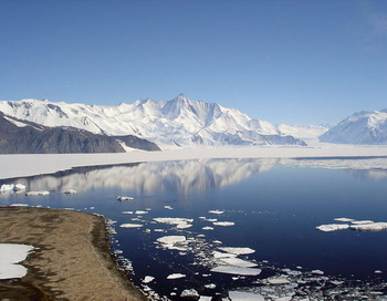 Антарктида. Фото: Andrew Mandemaker/commons.wikimedia.org