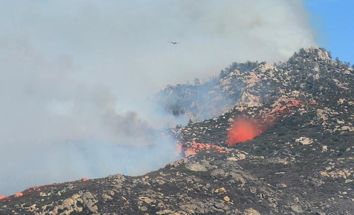 Пожары в Калифорнии: более 1500 жителей эвакуированы. Фото: FREDERIC J. BROWN/AFP/Getty Images