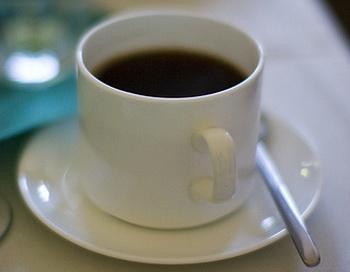 Жизнь офицеру ВМС Ливии спасла чашечка кофе. Фото: Phil Monger/flickr.com