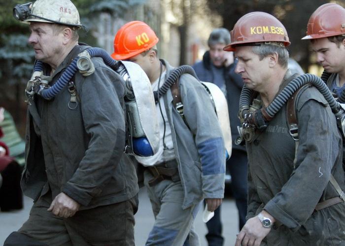 Обвал породы в шахте Донбасса привёл к гибели шахтёра. Фото: Alexander KHUDOTEPLY/AFP/Getty Images