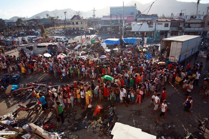 Около 1,5 миллиона филиппинцев живут на улице. Фото: Jeoffrey Maitem/Getty Images