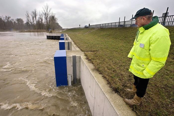 Река Рейн, Франция. Во Франции установлена система предупреждения наводнений. Фото: OLIVIER MORIN/AFP/Getty Images