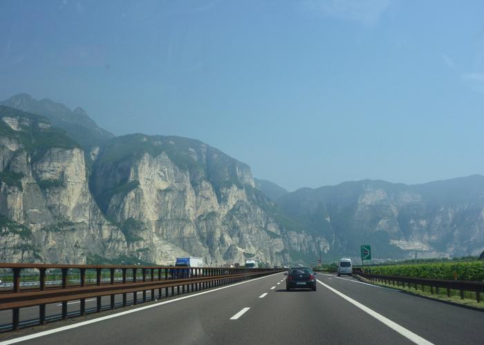 Автострада через перевал Бреннера, из Вероны в Больцано. Фото: Rebecca Siegel/flickr.com