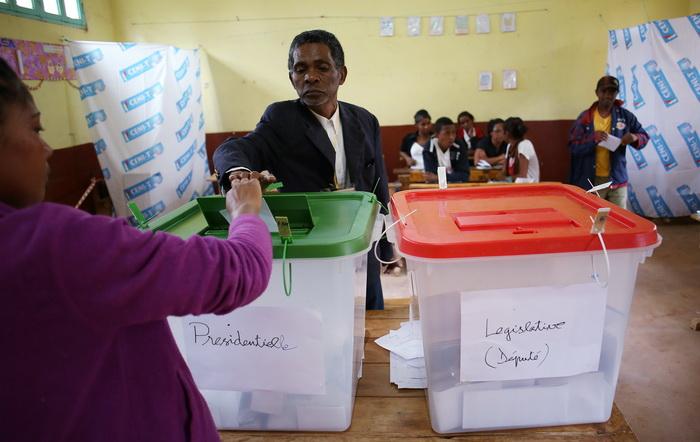 Выборы президента на Мадагаскаре прошли спокойно. Фото: ALEXANDER JOE/AFP/Getty Images