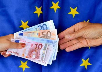 Итальянский пенсионер нелегально сдавал сорок одну квартиру общей стоимостью двенадцать миллионов евро. Фото: PHILIPPE HUGUEN/AFP/GettyImages