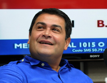Хуан Орландо Эрнандес. Фото: ORLANDO SIERRA/AFP/Getty Images