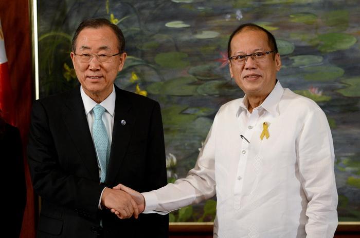 Генеральный секретарь ООН Пан Ги Мун и президент Филиппин Бениньо Акино. Фото: NOEL CELIS/AFP/Getty Images