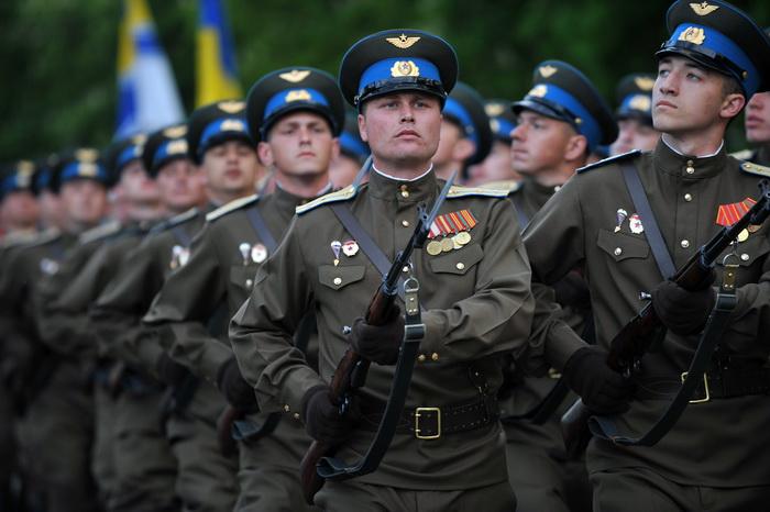В Москве проходит Международный конкурс «Воин Содружества». Фото: SERGEI SUPINSKY/AFP/Getty Images