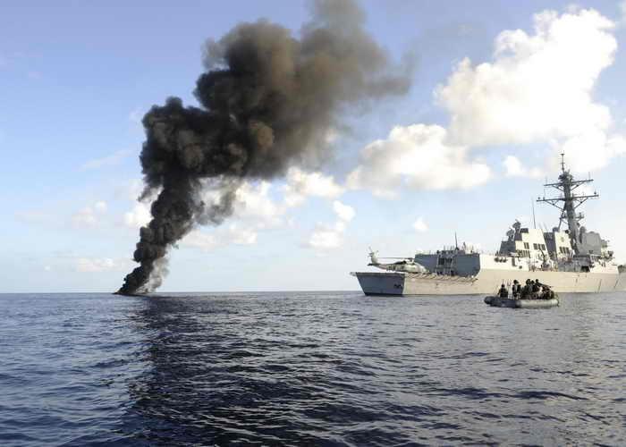 У побережья Сомали постоянно несут службу от 22 до 30 военных кораблей из разных стран. Фото: Cassandra Thompson/U.S. Navy via Getty Images