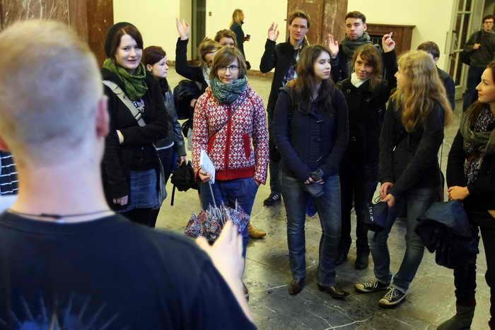 Для поддержки образования в Германии с 1971 года существуют студенческие займы. В 2012 году ими воспользовались около одного миллиона молодых людей. Фото: Adam Berry/Getty Images