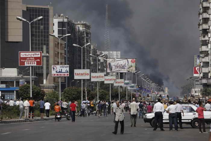 Количество жертв беспорядков в Египте возрастает. . На данное время количество погибших достигло 278 человек. Фото: Ed Giles/Getty Images