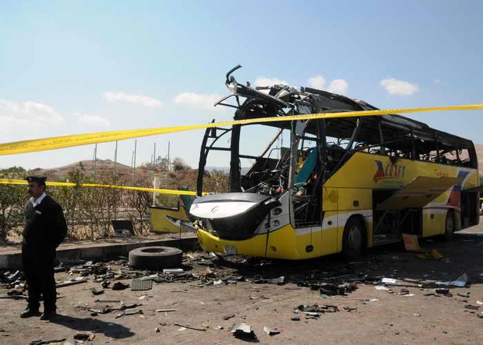 Египет. Взрыв автобуса. Фото: NAMEER GALAL/AFP/Getty Images