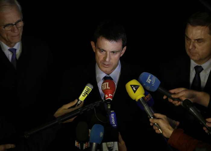 Париж. Министр внутренних дел Франции Мануэль Вальс дает пресс-конференцию в связи с арестом подозреваемого. Фото: KENZO TRIBOUILLARD/AFP/Getty Images