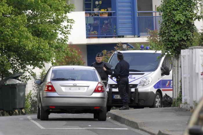 Группа преступников арестована в Испании и Франции. В ходе рейдов 51 человек был арестован в Испании и 24 — во Франции. Фото: GAIZKA IROZ/AFP/Getty Images