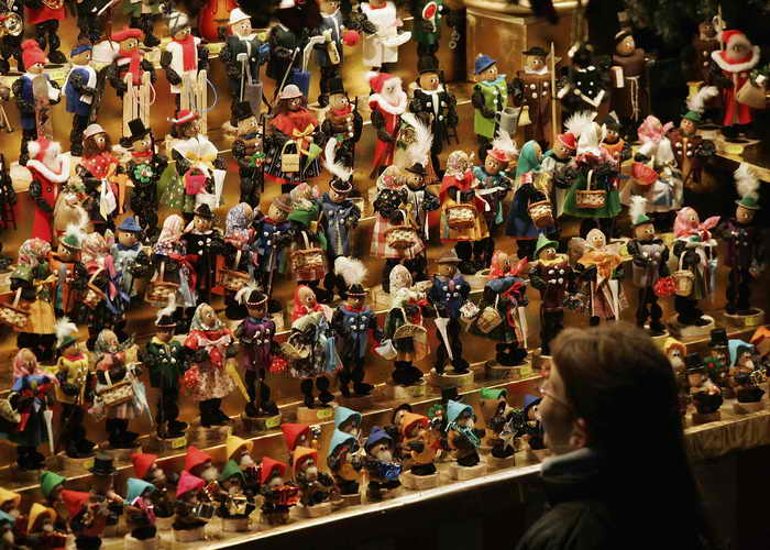Магазин деревянных игрушек. Фото: Jan Pitman/Getty Images