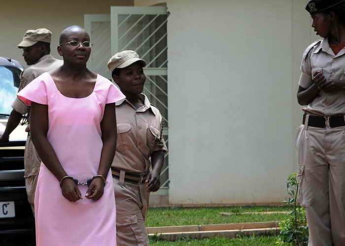 Верховный суд Руанды приговорил ведущего политика оппозиции Виктуар Ингабире к 15-и годам тюремного заключения. Фото: STEVE TERRILL/AFP/Getty Images