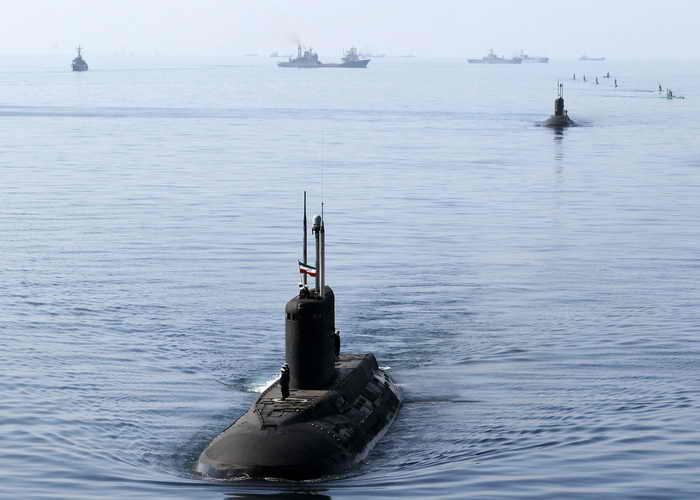 Военно-морские силы Ирана развиваются. В состав военного флота Ирана входят подводные лодки, надводные военные корабли и военная авиация. Фото: EBRAHIM NOROOZI/AFP/Getty Images