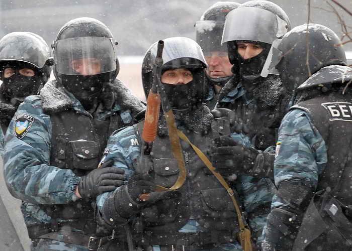 В Киеве убиты трое участников акции протеста. Фото: SERGEI SUPINSKY/AFP/Getty Images