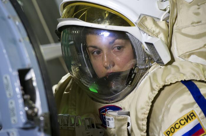 Космонавт Елена Серова приняла участие в предполётной подготовке в центре им.Гагарина 5 декабря 2013 года. Ей предстоит отправится к МКС в сентябре 2014 года. Фото: STRINGER / AFP / Getty Images