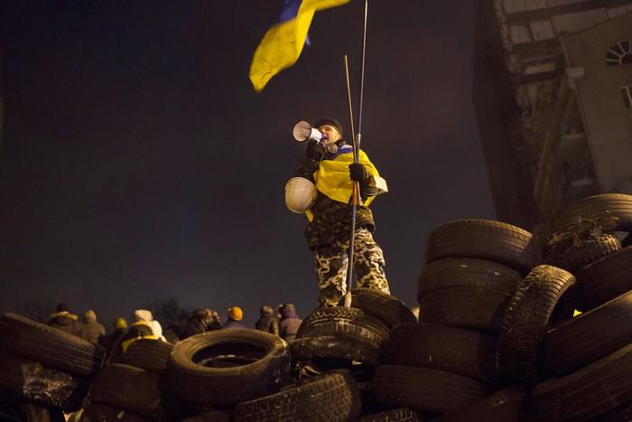 Выступление лидеров оппозиции перед участниками Евромайдана, 23 января 2014 года. Фото: Роб Stothard/Getty Images