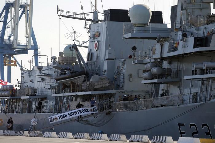 Британский военный корабль HMS Montrose, принимающий участие в удалении сирийского химоружия. Кипрский порт Лимассола, 3 февраля, 2014 год. Фото: /AFP/Getty Images