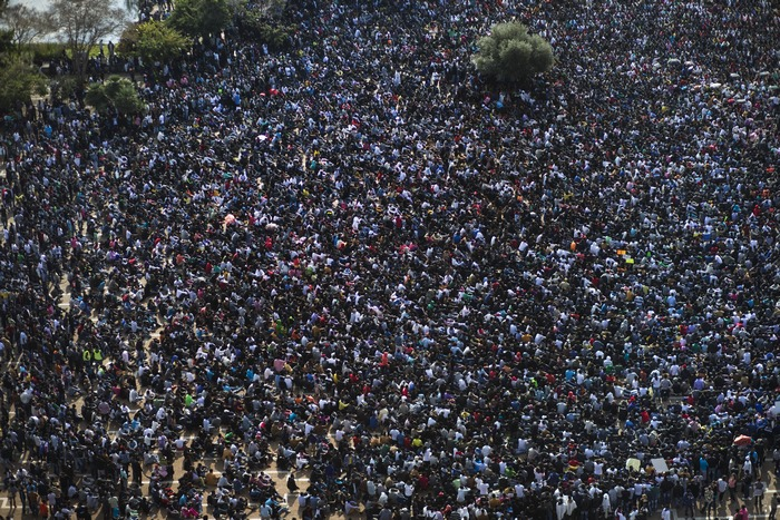 Тысячи мигрантов в Тель-Авиве требуют статуса беженцев. Uriel Sinai/Getty Image