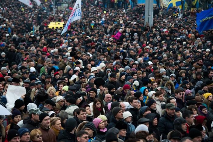 Народное вече на Майдане Незалежности  в Киеве, 9 февраля, 2014 год. Фото: MARTIN BUREAU/AFP/Getty Images