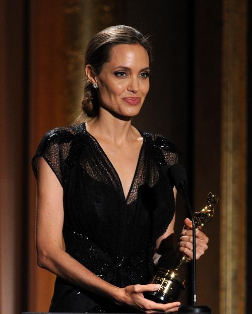 Анджелина Джоли. Фото: Kevin Winter/Getty Images