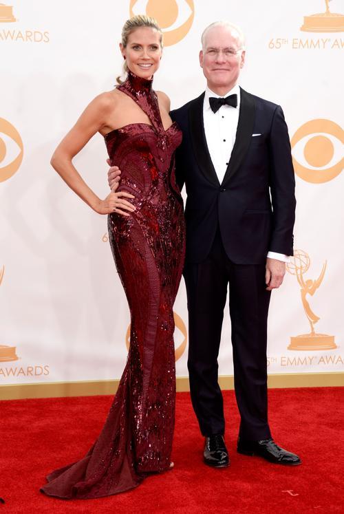 Телеведущие Хайди Клум и Тим Ганн прибыли на 65-ю ежегодную церемонию вручения наград «Эмми», которая состоялась в голливудском театре «Нокиа» 22 сентября 2013 года в Лос-Анджелесе, Калифорния (США).  Фото: Frazer Harrison/Getty Images