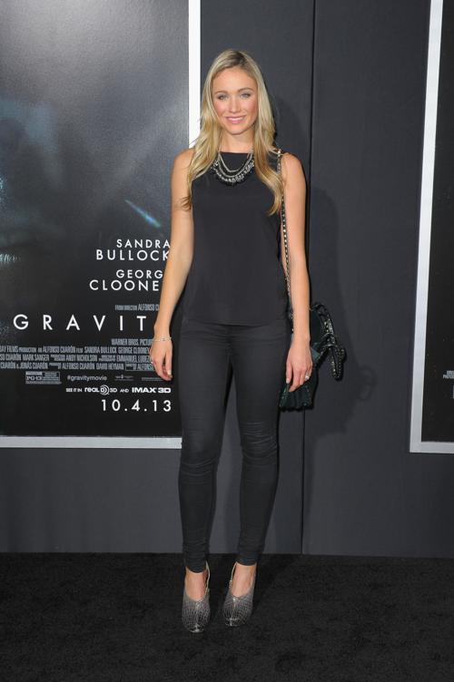 Катрина Боуден прибыла на премьеру фильма «Гравитация», состоявшуюся 1 октября 2013 года в Нью-Йорке, США. Фото: Michael Loccisano/Getty Images