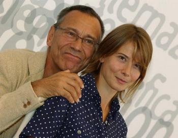 Андрей Кончаловский и его супруга Юлия Высоцкая. Фото: Pascal Le Segretain/Getty Images
