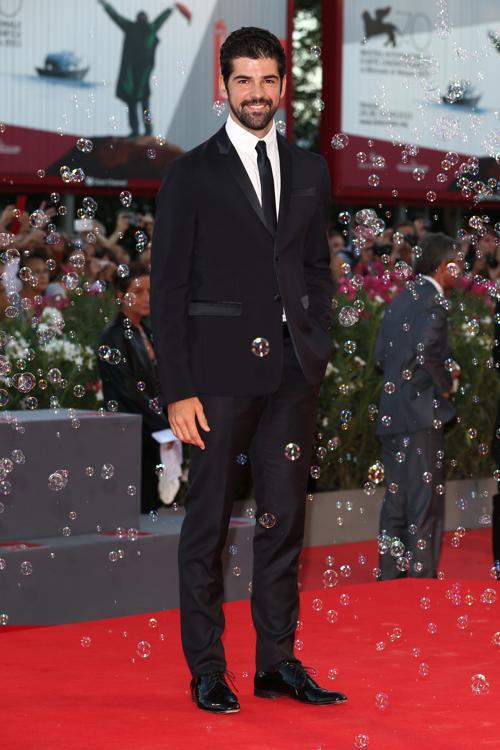 Мишель Ангел Муньос прибыл на премьеру фантастического фильма «Теорема Зеро» (The Zero Theorem) режиссёра Терри Гиллиама, проходившего во дворце кино Palazzo del Cinema 2 сентября 2013 года на острове Ладо, Италия. Фото: Andreas Rentz/Getty Images