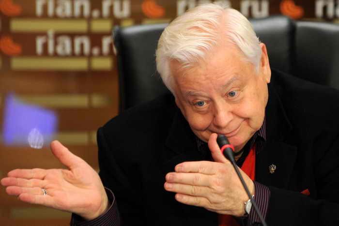 Олег Табаков. Фото: YURI KADOBNOV/AFP/Getty Images